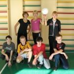 Команда 8-Б класу - переможець турніру з піонерболу
