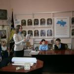 01 Під час екскурсії до центру  Українського козацтва