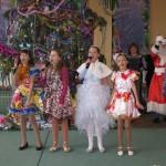 11 Новорічне свято учнів початкової школи