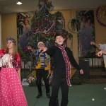 13 Новорічне свято учнів середньої школи