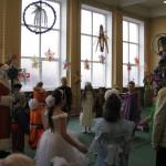 15 Новорічне свято учнів початкової школи