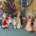 12 Новорічне свято в школі
