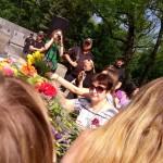17 покладання квітів