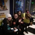 01 у кінотеатрі